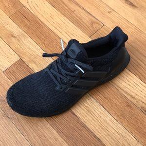 Adidas zapatos ultra impulso 40 Triple negro zapatilla poshmark